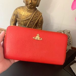 Vivienne Westwood zip around wallet